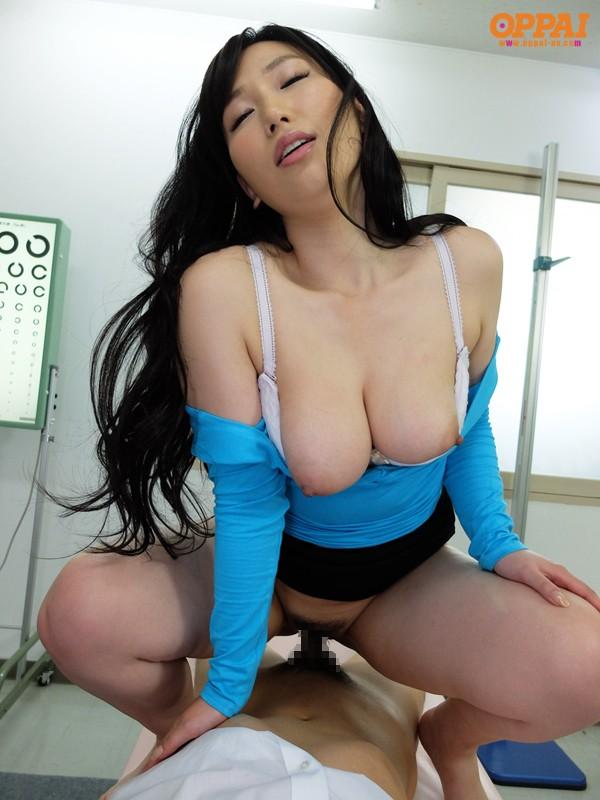 佐山愛,pppd00307,パイズリ,女教師,巨乳,挟射,痴女,谷間