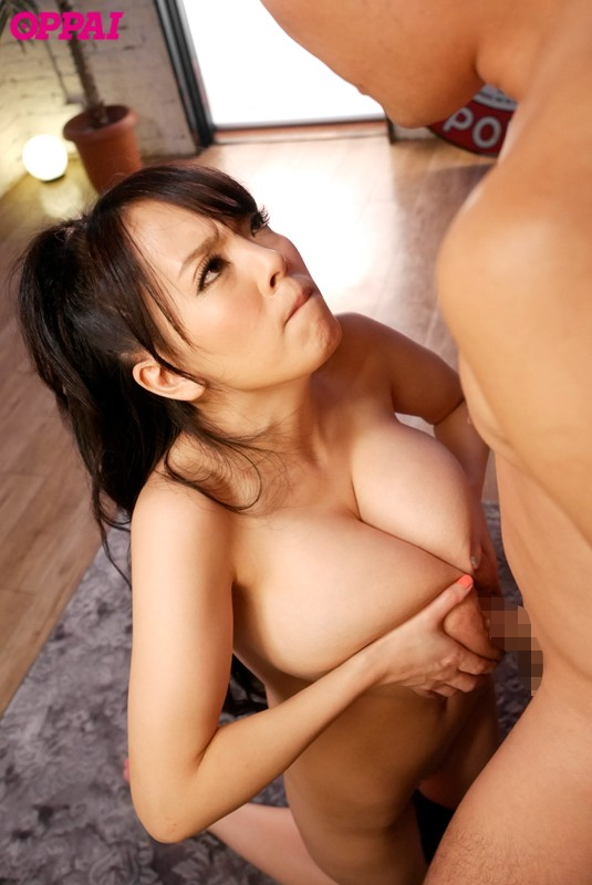 世界で一番素晴らしいおっぱいのパイズリ10挟射 Hitomi 画像6