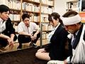僕を助けてくれた先輩女教師が生徒達に犯●れているのを見てクズ勃起した。 Hitomi