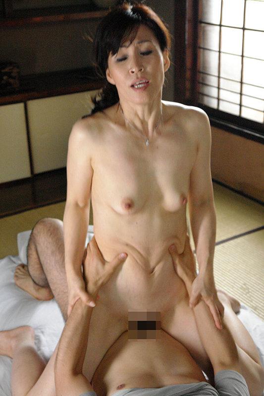 還暦熟女 女として抱いてほしい生涯現役昭和30年代生まれの六十路妻 画像11