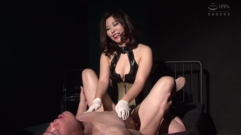 超巨尻グラマラス 壇 里奈女王様 顔面騎乗・乳首・アナルそして酔い狂うM男 の画像4