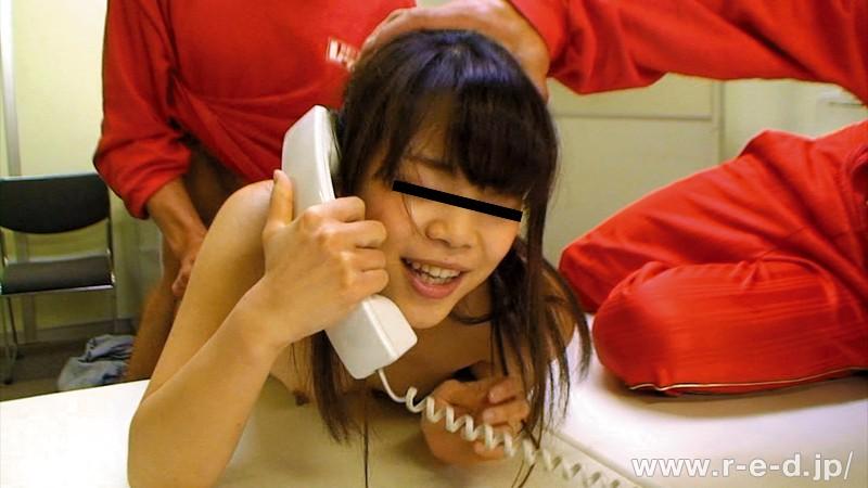 【中出し】 レッド突撃隊SP企画!就職活動をするリクルートスーツのお嬢さん!卑猥なブラック企業のセクハラ面接を完全再現?!2「ブラック企業はこんなセクハラ日常茶飯事!」「えっいやぁアっアっダメ~ん」 キャプチャー画像 3枚目