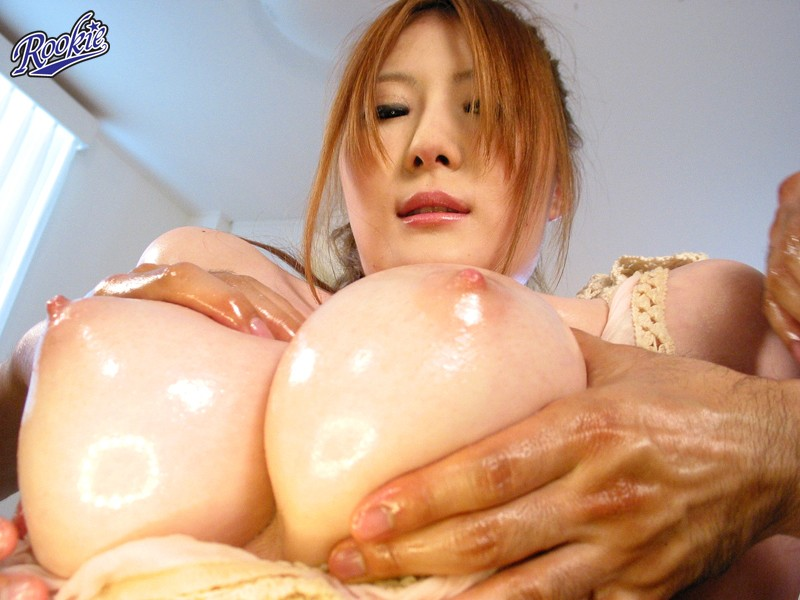 oil video Big boobs