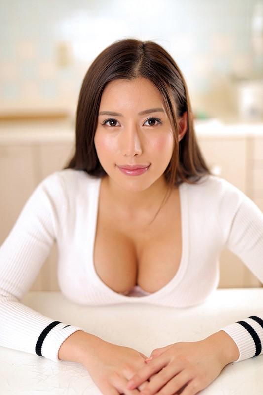 【VR】 巨乳義姉が超柔らかいオッパイを使って着衣パイズリしてくれて、最後は挿入までさせてくれたVR 永井マリア