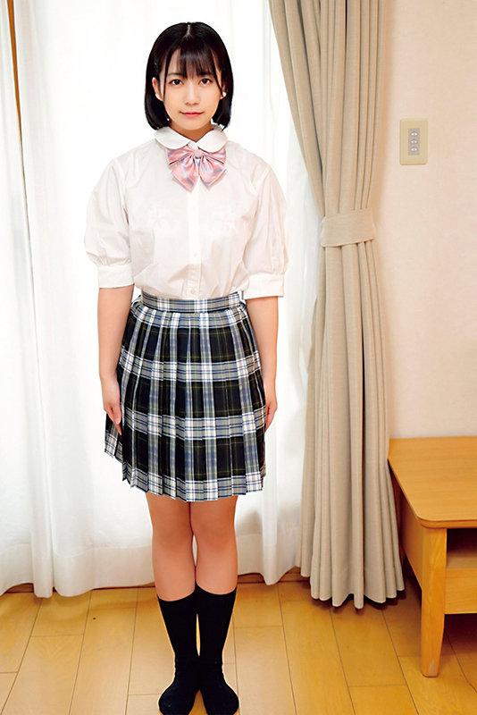 素人ヘアヌード大図鑑~十代の無毛な制服美少女編 画像17