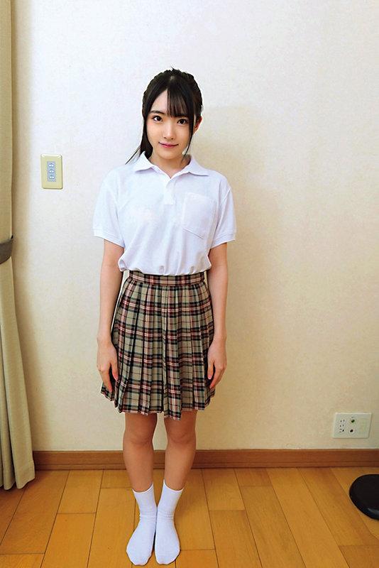 素人ヘアヌード大図鑑~十代の無毛な制服美少女編 画像5