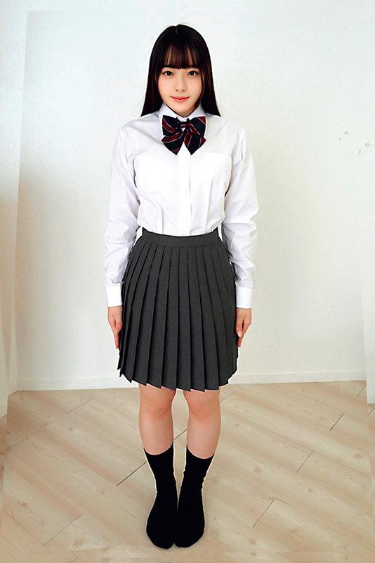 素人ヘアヌード大図鑑~十代の無毛な制服美少女編 画像9