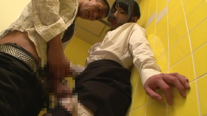 痴●好き仲間の間で噂が立つほど高確率でニューハーフ美女をゲットできる痴●専用公衆トイレ!!4 画像13