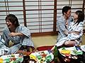 慰安バスツアーNTR 妻の社員旅行ビデオにウツ勃起 吉沢明歩-エロ画像-2枚目