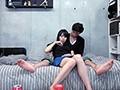 乳首責めで悶絶する恥ずかしがり屋な学生(18)に無防備な女たち