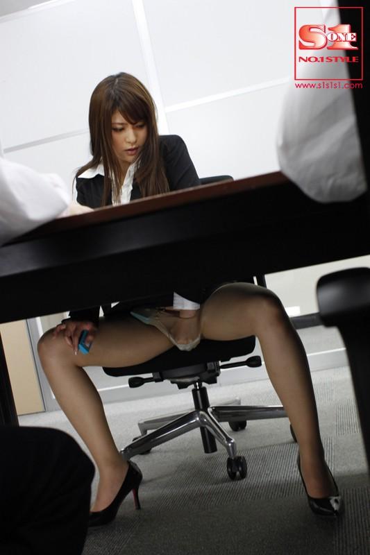 完全服従どM秘書 藤浦めぐ サンプル画像 1