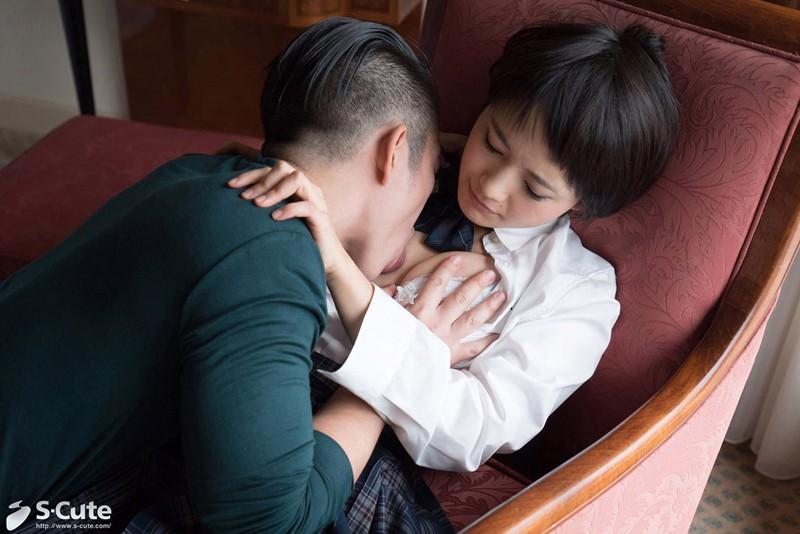 【向井藍 フェラ】制服姿のJK女子校生、向井藍のフェラクンニプレイがエロい!!