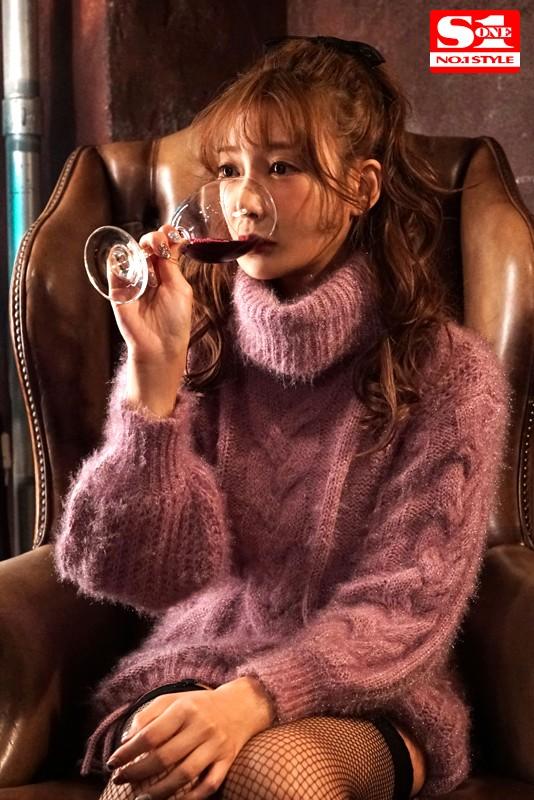 デビュー10周年企画 明日花キララの潜在エロスを120%ひき出す媚薬漬け性獣セックス4本番 2枚目