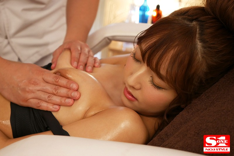 [SSNI-205] Impatient and horny National Idol which visits oil massage salons - 3 scenes x Yua Mikami