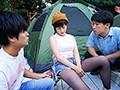 ネトラレテント 〜旦那が肉を焼いている14分間にテントの中で寝取られ続ける巨乳妻〜 奥田咲