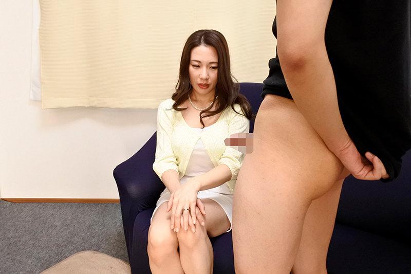 奥さんの淫らなお口 センズリ鑑賞をお願いしたら瞳を潤ませてチ○ポをしゃぶりだすフェラチオ婦人たち VOL.2