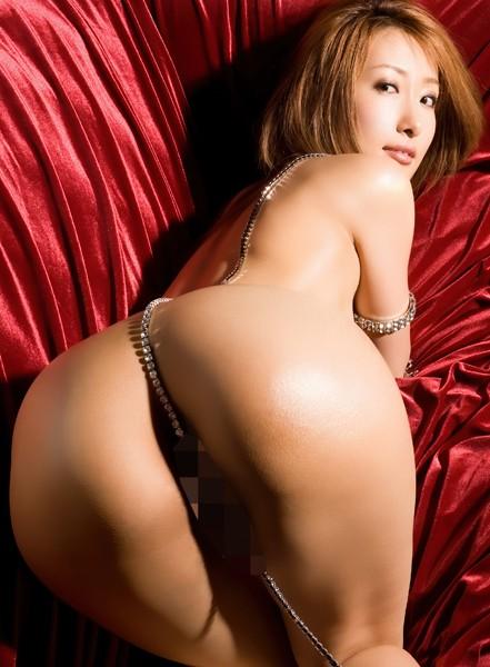 【お得】175cmの長身でスタイル抜群の女の子のセックス動画。デカ尻震わす騎乗位やバック。奥までピストンされ、気持ち良くてギュン!っと締まるマ○コ。白濁液垂らすパーフェクト淫乱ボディを上から下までたっぷり堪能せよ! 伊東エリ