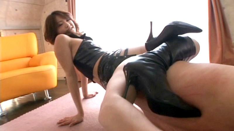 W女王様 美脚格闘リンチ3