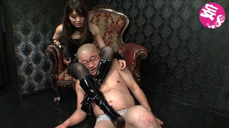 凄惨な金玉殺戮の宴 金蹴り乱れ撃ち拷問 大沢美由紀|無料エロ画像2