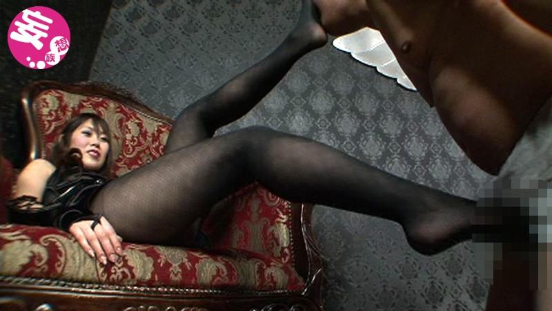 凄惨な金玉殺戮の宴 金蹴り乱れ撃ち拷問 大沢美由紀|無料エロ画像5