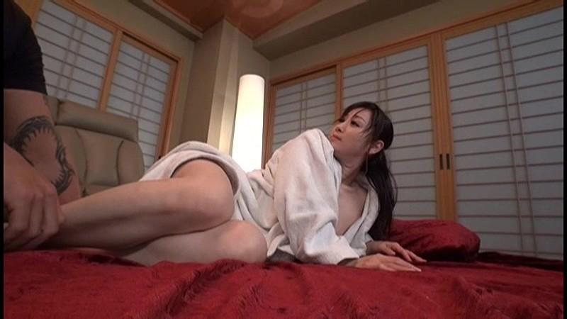 完全撮り下ろし 汗だく性交撮影終了後の、性も根も尽き果てた鉄板女優を、再び即激ハメ性交! 燃え尽きたカラダは、再び発情するのか?