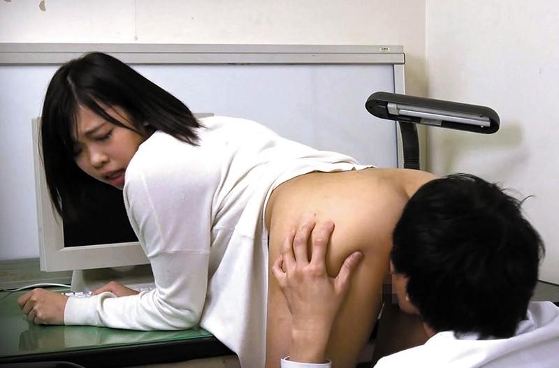 変態悪質医師 催●療法を受ける人妻達 「...