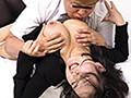 葬儀会場 亡き夫の棺に手をつかされて未亡人ねじ伏せ屈服凌辱バック中出しレイプ
