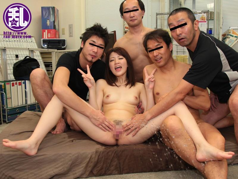 淫乱おもらし娘とオチンチン 櫻井ともか 画像8