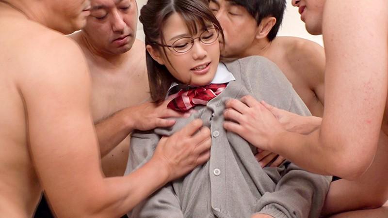 早熟おっぱいイクイク中出し女子校生 佐知子