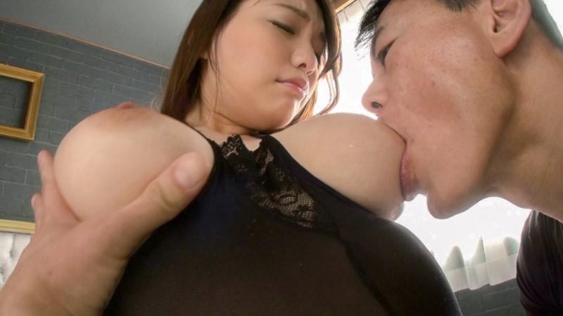 お姉さんの爆乳が卑猥過ぎて秒殺で悩殺!! 天野美優 7枚目