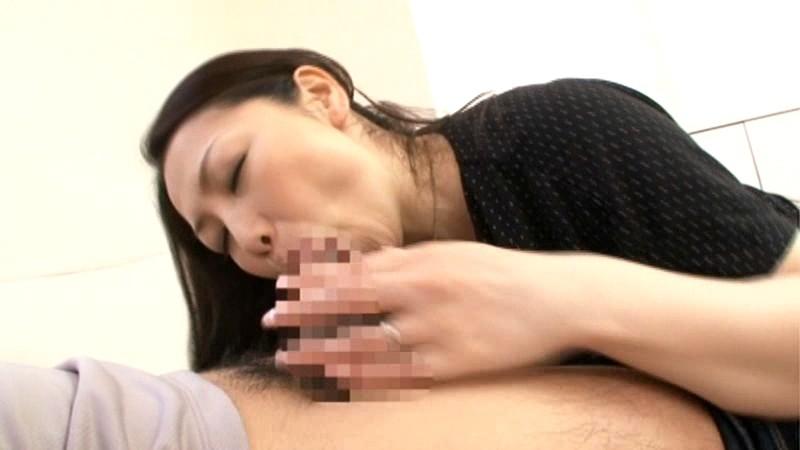 幻母 禁断母子スワップ 膣中にどっぷり出されし母親たち 伊織涼子 沢村麻耶 画像9
