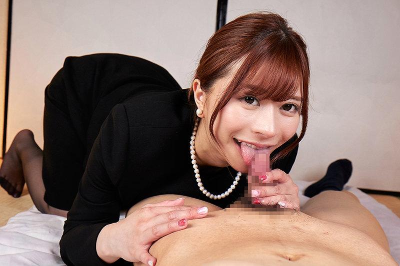 【VR】葬式で10年ぶりに会った喪服姿の従妹は巧みな舌使いでオトコを繋ぎとめる舐め好きギャルになっていた 悠月リアナ