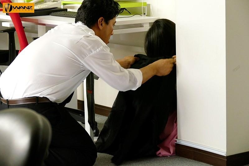 ハイエナ姦 陰キャ女子社員はレ○プされても痙攣してイキまくる つぼみ キャプチャー画像 2枚目