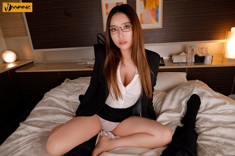 【VR】会社の飲み会後に行き遅れのBBA(ババア)女上司とラブホで休憩…酔った勢いで理性を忘れて朝まで中出し性交 2