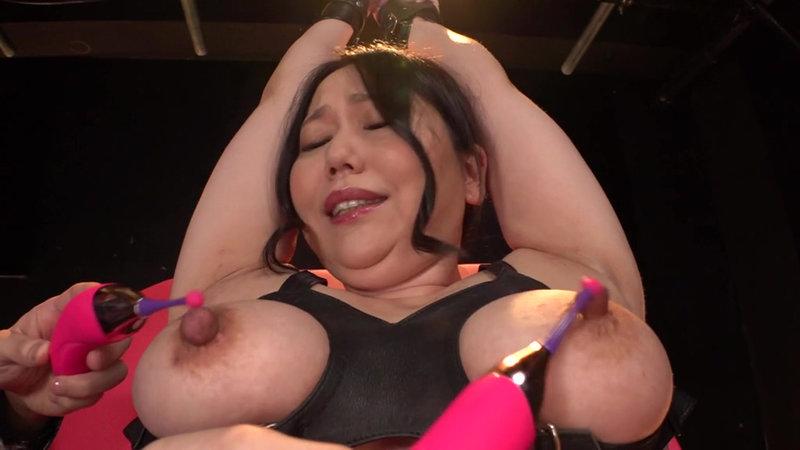 スパンキングで昇天するボンデージ美女に喉奥ハードイラマをプレゼント!415