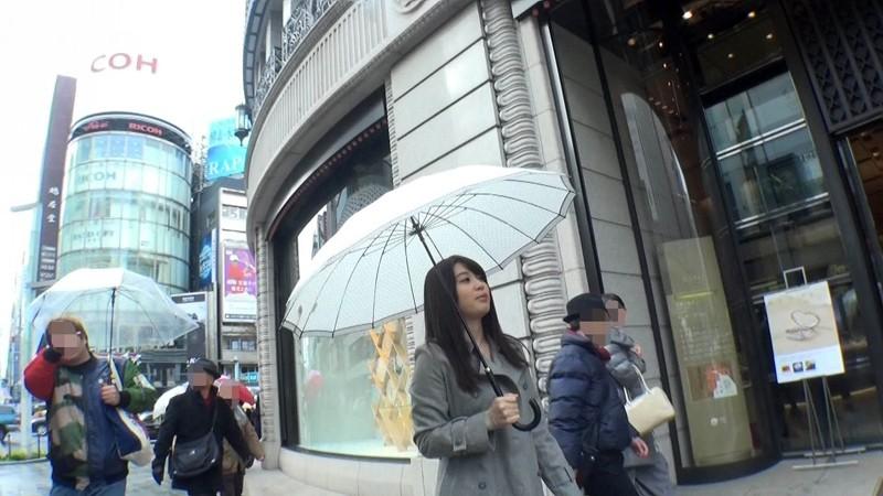 美空杏が行く!!突撃路上逆ナンパDX 銀座編 1枚目