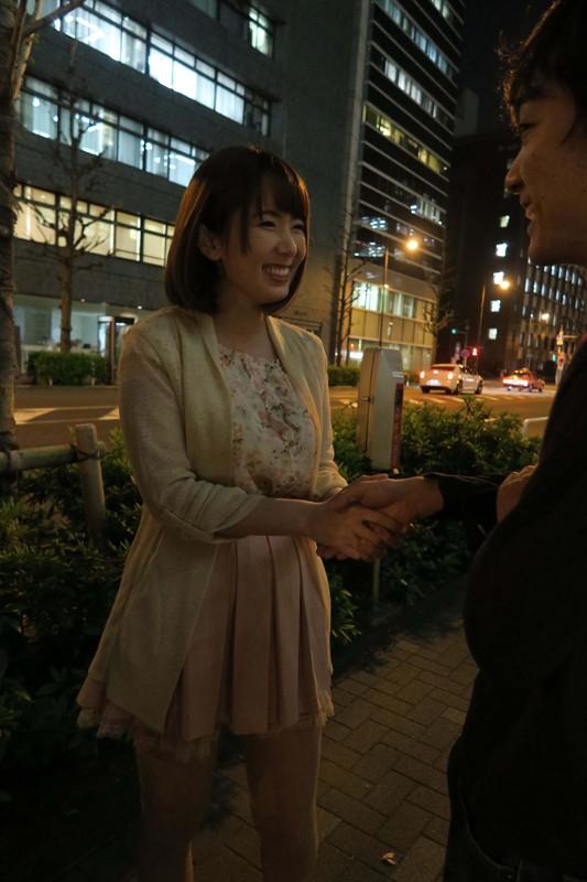 AV男優VS逆ナンパ素人 Hな勝負に勝てば波多野結衣に生中出しSEX!! 1枚目
