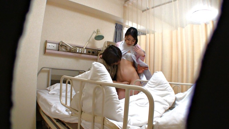 人妻看護師のむちむちな体が入院中の禁欲チ○ポを刺激して…4時間 2枚目