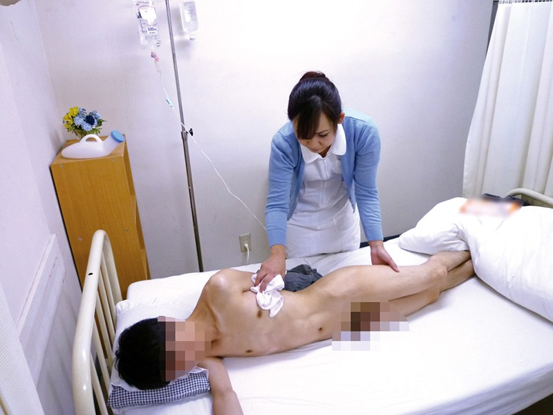 総合病院の熟女ナースは欲求不満!?セクハラしたら欲情するのか17