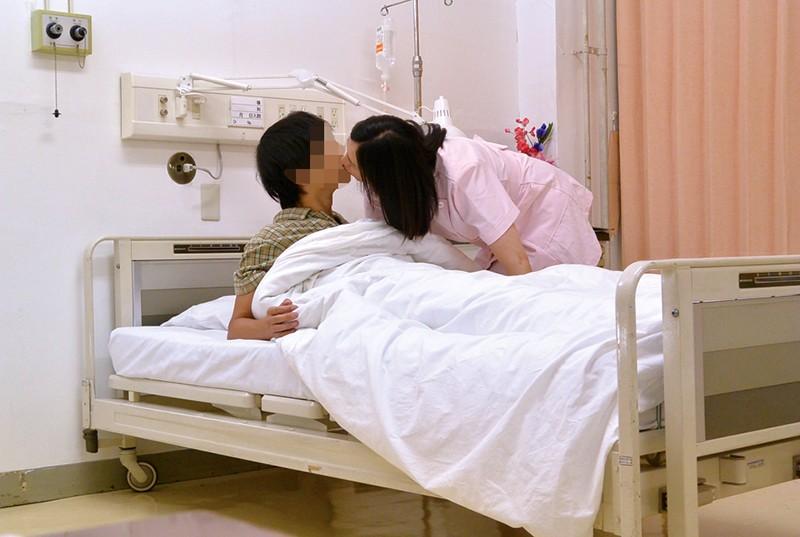 総合病院の熟女ナースは欲求不満!?セクハラしたら欲情するのか18