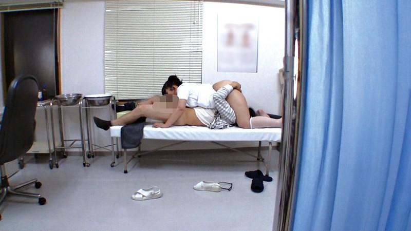 総合病院の熟女ナースは欲求不満!?セクハラしたら欲情するのか5
