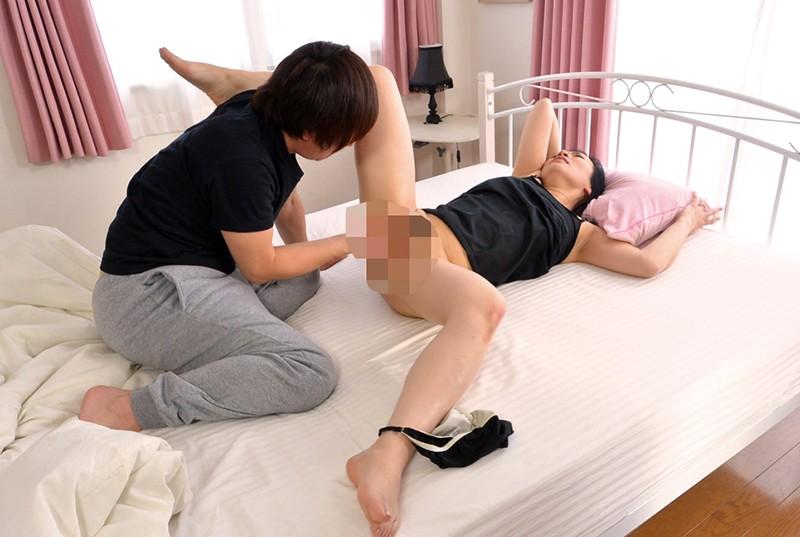 母の膣穴で性欲処理する息子5