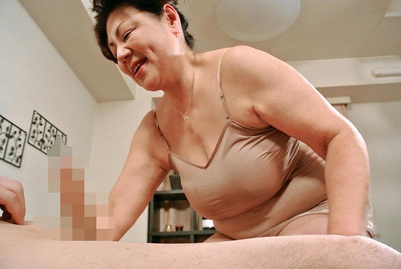 デカ乳できれいな奥さん限定!美人妻の垂れ乳交尾4時間 キャプチャー画像 5枚目
