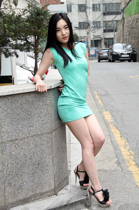スタイル抜群の超絶韓国美女たちが初体験の日本人とのセックスにハマり!イカされ続けてしまう!10人