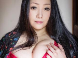 明日開催、AV女優の「小向美奈子」とチャットができますよ、貴方も参加しませんか、FANZAライブチャットでイベント開催(11月15日(金)22:00~)