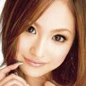 青山ゆいのバストアップ画像