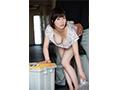 【数量限定】毎日、朝のゴミ出し時間にすれ違う浮きブラ奥さんをその場で即ハメ 奥田咲 生写真3枚付き  No.1