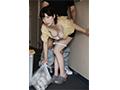 【数量限定】毎日、朝のゴミ出し時間にすれ違う浮きブラ奥さんをその場で即ハメ 奥田咲 生写真3枚付き  No.3